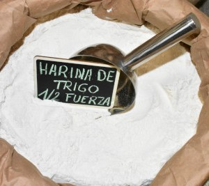 HARINA DE TRIGO DE MEDIA FUERZA